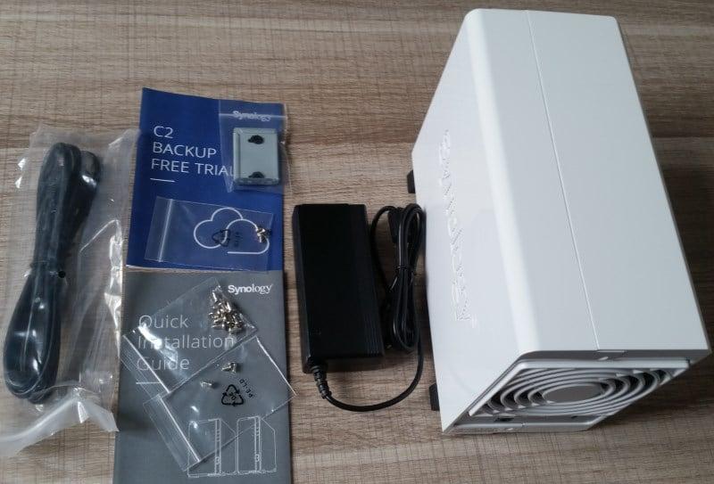 Contenu de la boite du DS218J