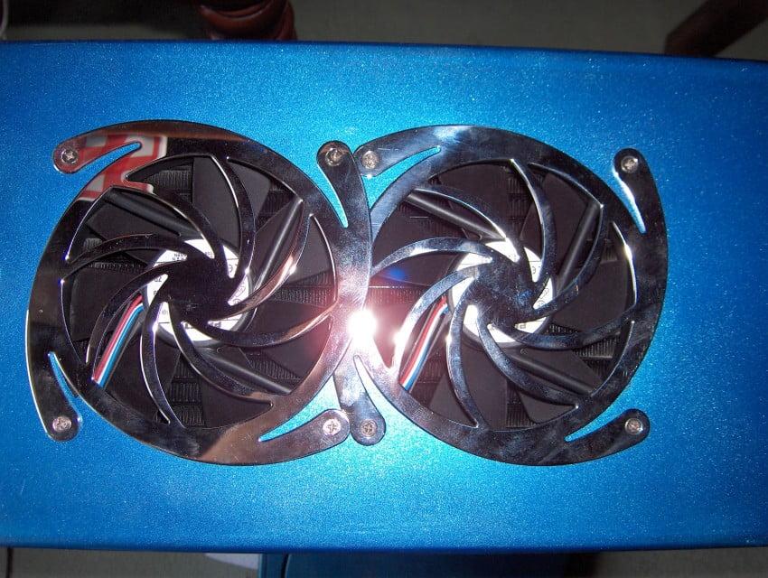 Nouveau boitier peint avec les 2 ventilateurs de 120mm